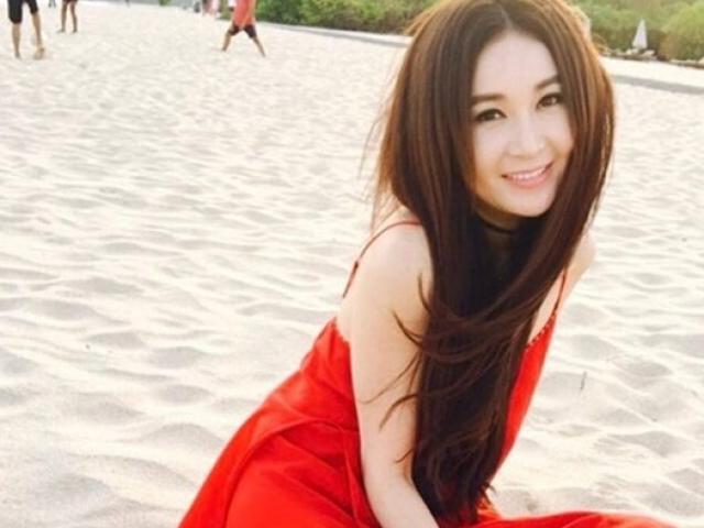 """6 chiêu để """"Phan Kim Liên"""" Ôn Bích Hà trẻ đẹp ở tuổi 52"""