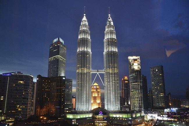 7 địa điểm sống ảo đẹp thần thánh khi ghé thăm Kuala-lumpur - 1