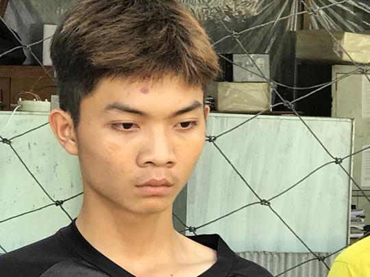 Hai băng nhóm hỗn chiến, thanh niên 18 tuổi đâm chết 3 người - 1