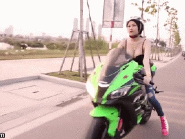 Người đẹp nóng bỏng cầm cương siêu môtô gây sốt dân mạng