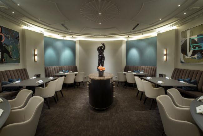 Nhà hàng Alinea, Chicago, Mỹ.