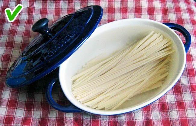 Những mẹo nấu ăn tiện lợi giúp tiết kiệm thời gian không ngờ - 1
