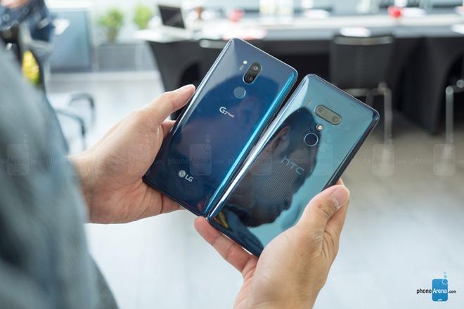So sánh nhanh HTC U12+ và LG G7 ThinQ - 1