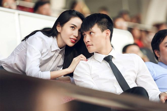Định mệnh là gì mà lại có thể khiến ta yêu nhau ngay từ lần gặp đầu ti