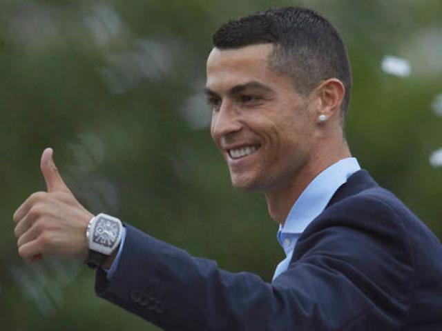 """Ronaldo """"no nê"""" khiến Real phát sốt: MU & PSG chuẩn bị sẵn """"núi tiền"""""""