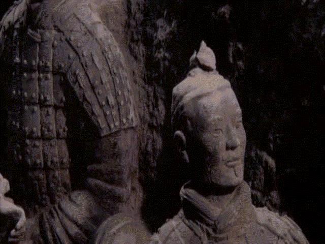 Những bí ẩn về đội quân đất nung hộ vệ lăng mộ Tần Thủy Hoàng