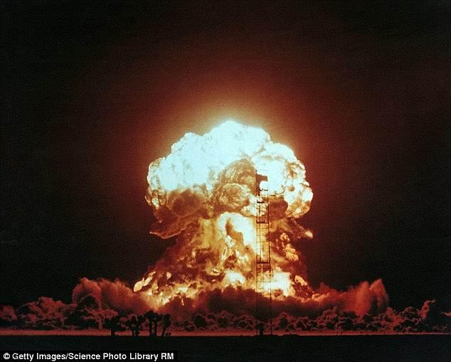 Vũ khí hạt nhân thế hệ mới của TQ sẽ vượt Nga, Mỹ? - 1