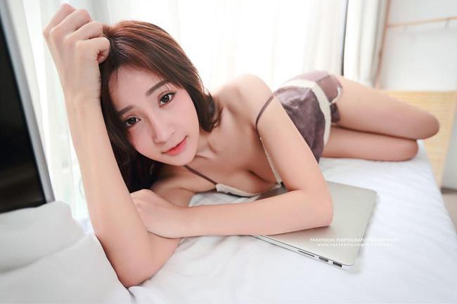 Cô từng tham gia nhiều cuộc thi sắc đẹp.