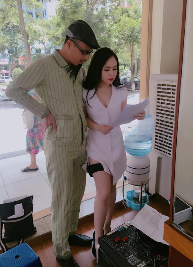 Với lợi thế ngoại hình, Trương Phương thường được giao những nhân vật có ngoại hình nóng bỏng. Cô vào vai cũng rất ngọt và nhận được sự chú ý của khán giả.