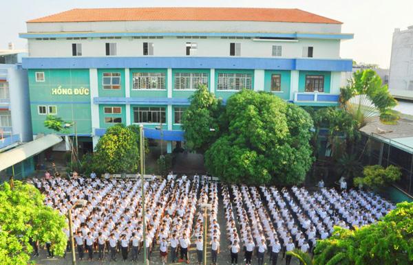 Vì sao nhiều học sinh đậu lớp 10 công lập vẫn chọn trường Hồng Đức TPHCM? - 1