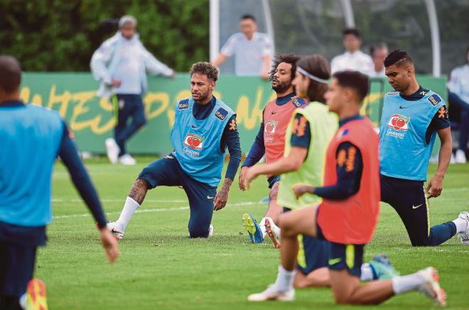 "Brazil - Croatia: Neymar ""ẩn mình"", Vua châu Âu ra oai - 1"