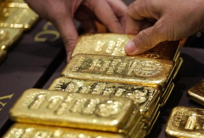 """Giá vàng hôm nay 5/6: Vàng """"ế"""" nặng, lao dốc không phanh - 1"""