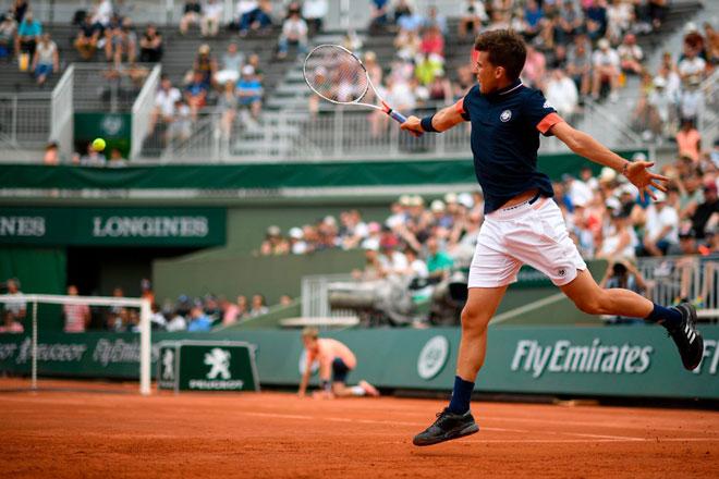 Thiem - Zverev: Bước ngoặt bất ngờ, kết cục chóng vánh (Tứ kết Roland Garros) - 1