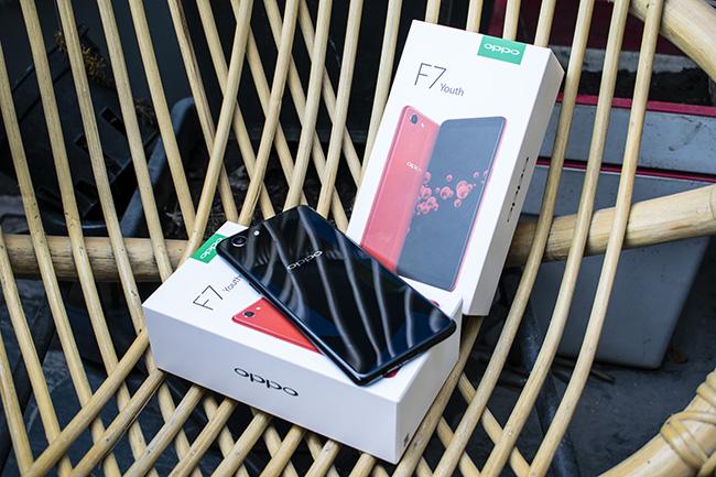 Oppo vừa chính thức ra mắt mẫu smartphoneF7 Youthmới - phiên bản kế cận và thừa hưởng nhiều tính năng thông minh nhân tạo (AI)của F7 trước đó.