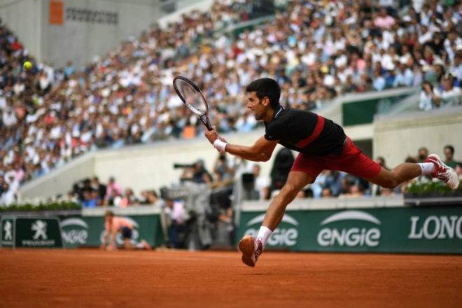 Djokovic - Cecchinato: Cuộc chiến siêu cân não, tuyệt đỉnh thăng hoa (TK Roland Garros) - 1