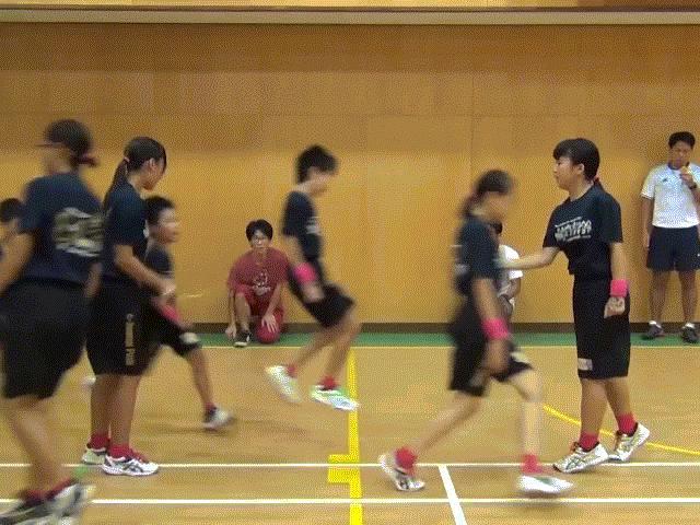 Học sinh Nhật phá kỷ lục Guiness với hàng trăm lượt nhảy dây trong 1 phút