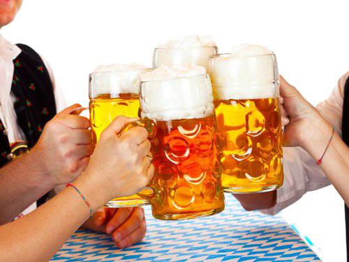 Bí quyết uống rượu bia không lo viêm đại tràng của người Nhật - 1