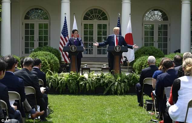 Trump sẽ làm điều chưa từng có tiền lệ với Kim Jong-un? - 1