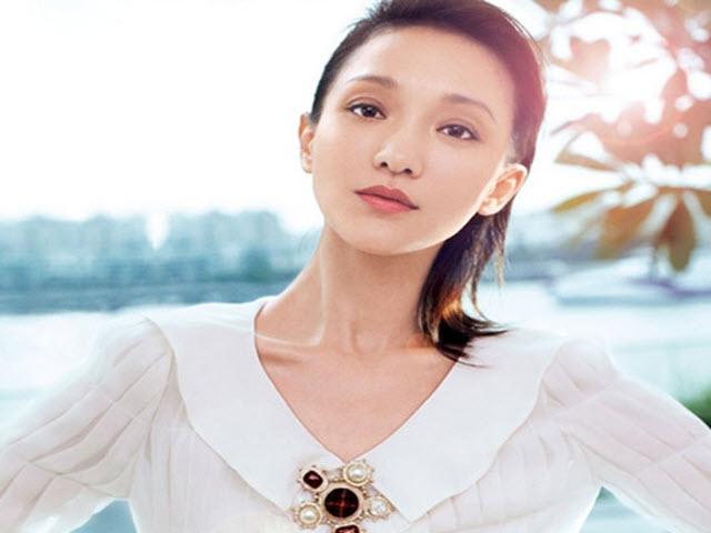 """Bí quyết làm đẹp của """"nữ hoàng không tuổi"""" Châu Tấn"""