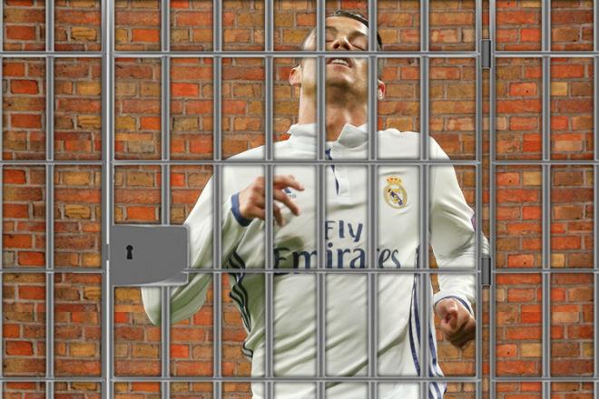 """Ronaldo dứt điểm vụ trốn thuế: Chi """"khủng"""" chạy án tù, an tâm dự World Cup - 1"""