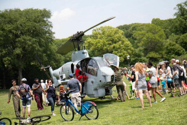 Bên trong trực thăng tấn công đầu tiên trên thế giới - 1