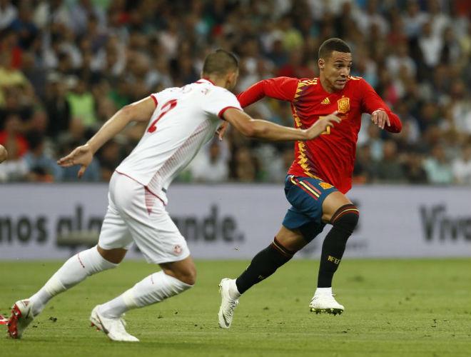 """Tunisia - Tây Ban Nha: """"Siêu dự bị"""" chói sáng, vỡ òa phút 84 - 1"""