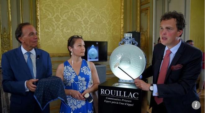 Cổ vật hiếm của Càn Long được bán với giá kỷ lục 133 tỷ đồng - 1