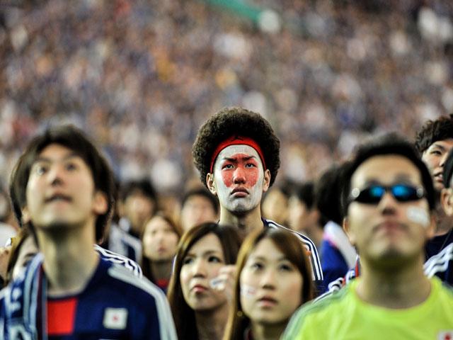 """Nhật Bản tại World Cup 2018: Nội bộ rối ren, CĐV lo phận """"lót đường"""""""