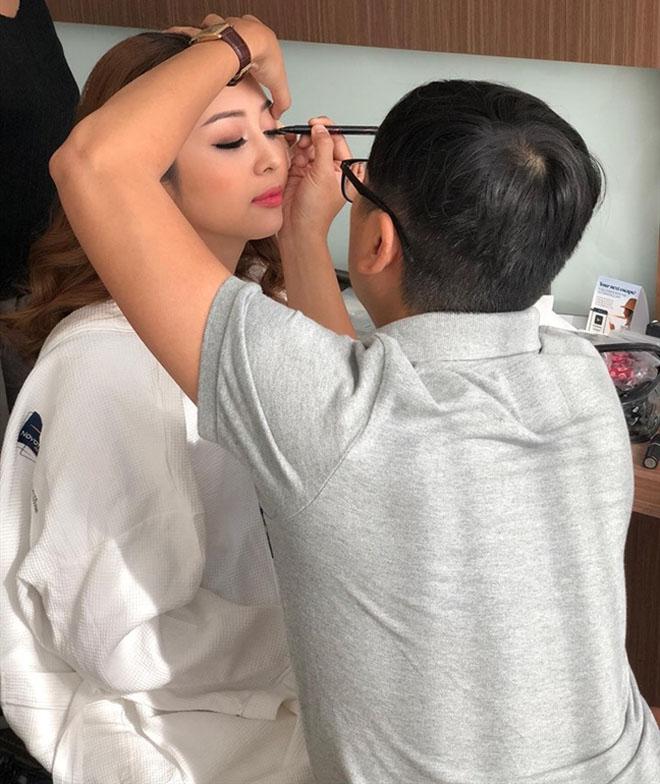 8 bí mật sau gương mặt đẹp hút hồn của hoa hậu Jennifer Phạm - 1