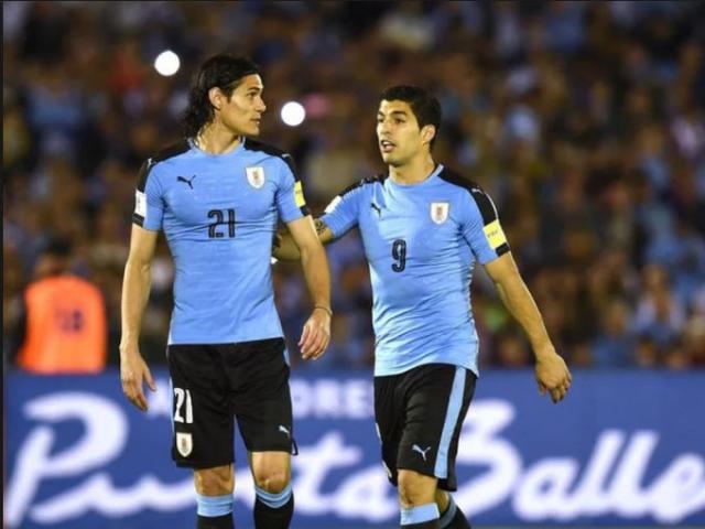 """""""Ông trùm"""" khét tiếng World Cup: Suarez – Cavani """"2 hổ tranh 1 núi"""""""