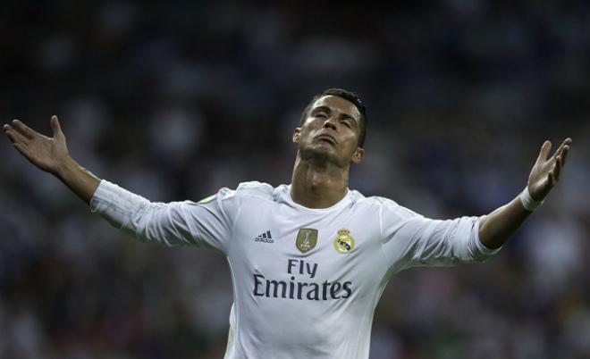Real thưởng hợp đồng bèo bọt: Ronaldo nổi điên, đá hết World Cup quyết tương lai - 1