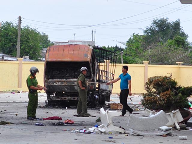 Bộ trưởng Công an làm việc với Công an Bình Thuận về vụ gây rối, đốt phá