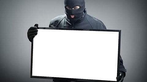 Lẻn vào nhà dân trộm 2 chiếc tivi màn hình phẳng để xem World Cup - 1