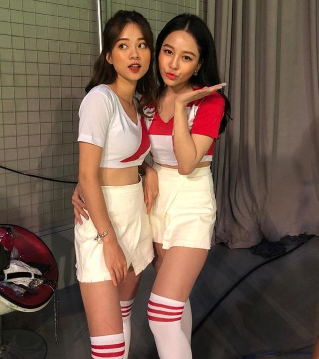 Được biết, đây là những cô nàng sẽ góp mặt trong đội hình cổ vũ cho 32 đội bóng tham gia World Cup 2018 trong một chương trình truyền hình sắp tới.