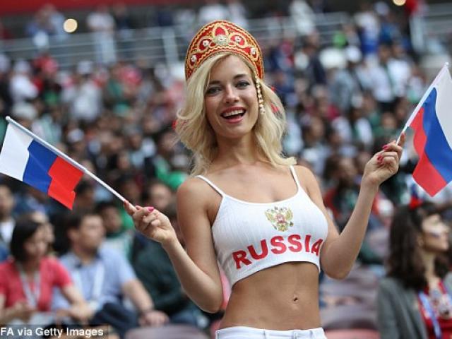 Lễ khai mạc World Cup 2018: Ronaldo và Hoa hậu Nga xuất hiện lộng lẫy