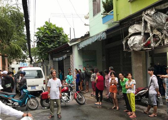 Hai cha con cùng tử vong trong ngôi nhà ở quận Tân Bình - 1