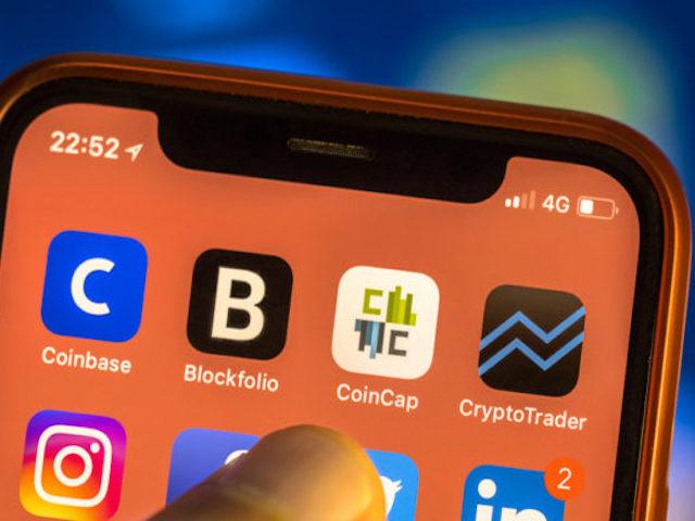 """Các ứng dụng đào tiền ảo không còn """"đất sống"""" trên App Store"""