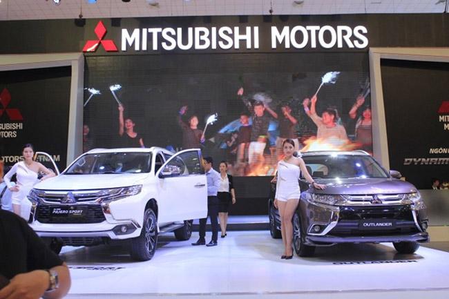 Nhiều mẫu ô tô đắt khách 'lặn biệt tăm' trên thị trường - 1