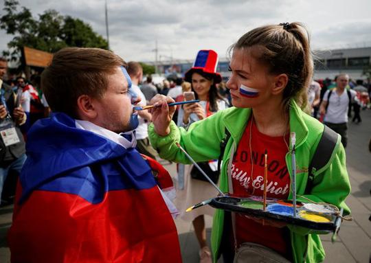 Những điểm đặc biệt người hâm mộ sang Nga dự World Cup cần biết - 1