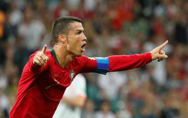 """Ronaldo """"đáng ghét"""" hay """"đáng phục"""" - 1"""