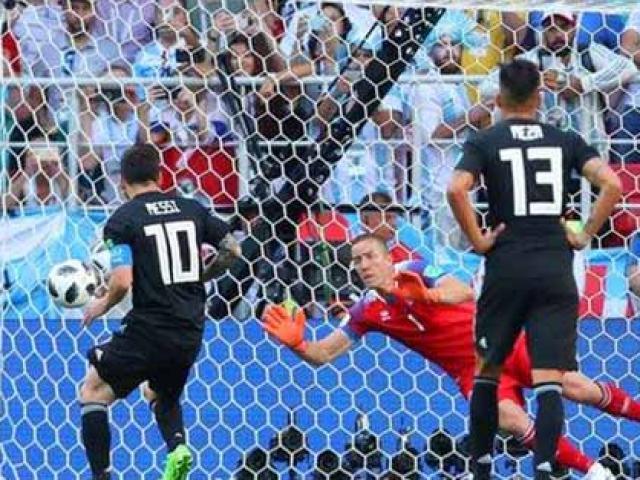 """Messi đau đớn vì trượt 11m, đổ lỗi Iceland """"không muốn đá bóng"""""""