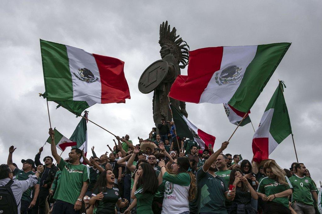 World cup 2018: Dân Mexico nhảy lên ăn mừng tạo ra động đất thực sự - 1