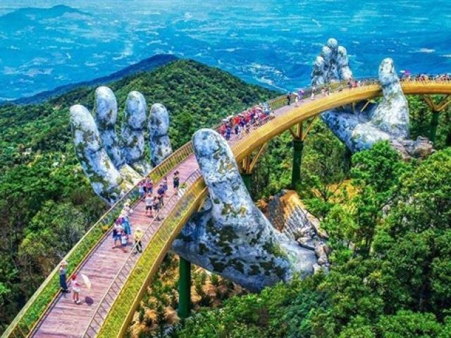 Cầu Vàng - Dải lụa bồng bềnh giữa mây trời Đà Nẵng