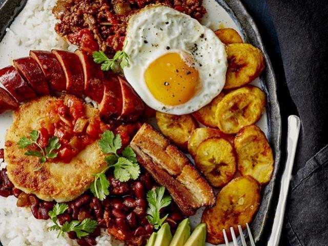Đây chính là những món ăn quê nhà tiếp thêm sức mạnh cho các cầu thủ Colombia trước trận chiến đêm nay