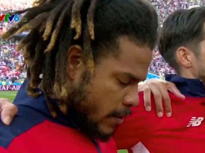 Khoảnh khắc World Cup 2018 lay động cả thế giới: Đội trưởng Panama rơi lệ - 1