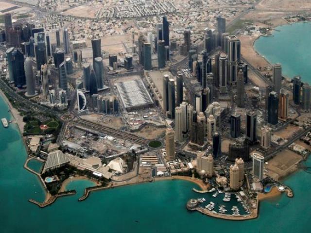 """Ả Rập Saudi """"chặt"""" Qatar khỏi đất liền, bắt trở thành hòn đảo khổng lồ"""