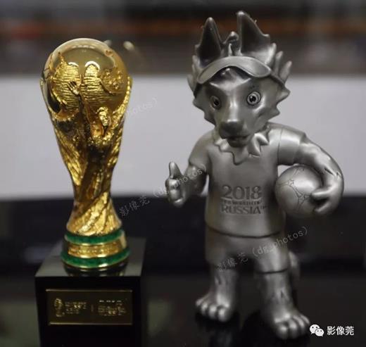 Không phải Nga, đây mới là thiên đường của đồ lưu niệm World Cup 2018 - 1
