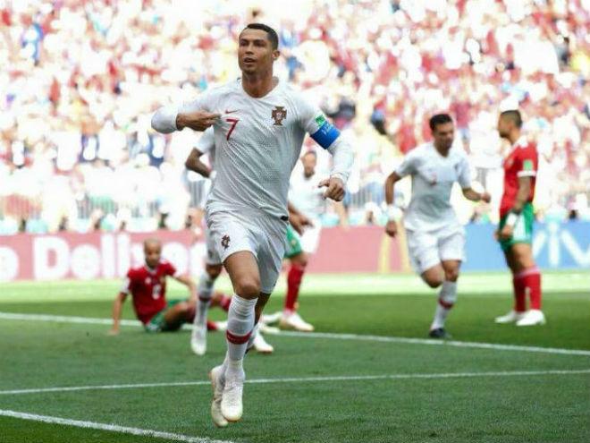 """Bồ Đào Nha vượt ải World Cup: Báo chí thế giới nể phục """"máy săn bàn"""" Ronaldo - 1"""