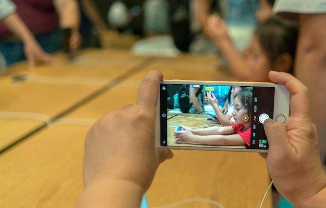 Sau lỗi hao pin, người dùng lại khốn khổ vì iOS 11.4 làm hỏng camera - 1