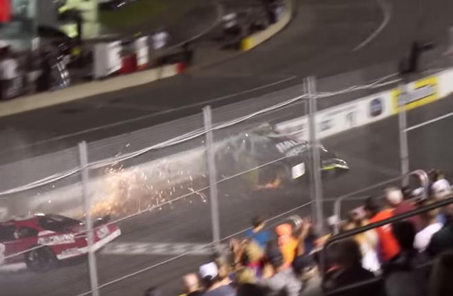 """Con đua xe bốc cháy, cha liều mình cứu mạng: """"Tử thần"""" cũng lay động - 1"""